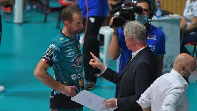Il ritorno al Palabarton per la Sir, supersfida Perugia-Modena