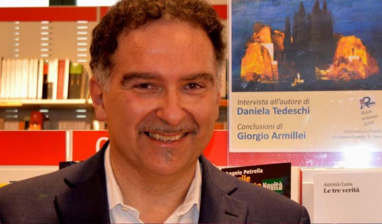 """Antonio Luna ha vinto il premio letterario internazionale """"Citta' di Sarzana"""""""