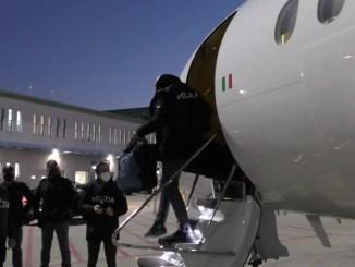 Terrorismo islamico, via dall'Italia cittadino afghano pericoloso