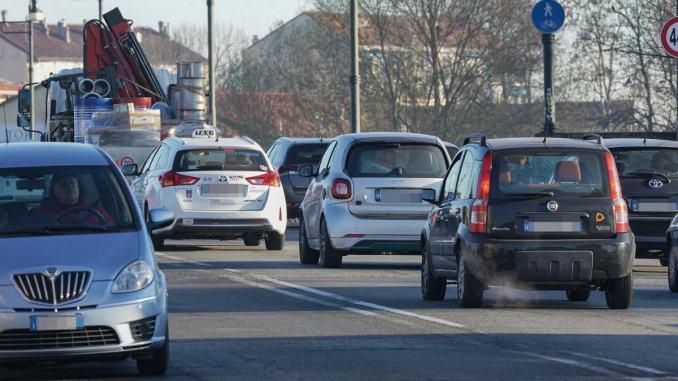 Legambiente, pagella di Perugia, ok PM10 ma servono strade da 30 all'ora