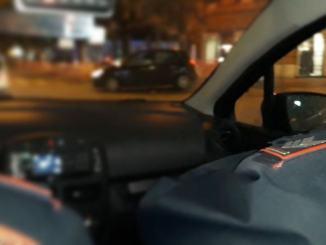 Malvivente ruba borsa in auto ad una commercialista, panico in via Pellas
