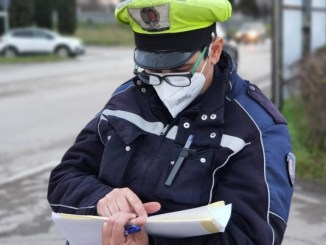 Catturato l'aggressore della poliziotta di via Marzia a Perugia, è un 14enne