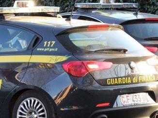 Gdf Roma, sgominata banda falsari a Napoli, sequestro 200mila calzature