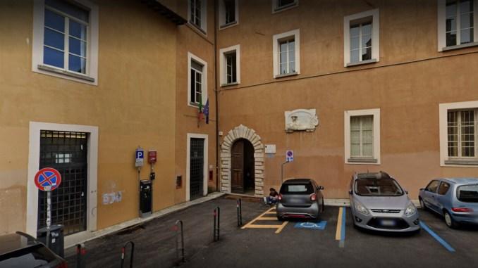 Liceo Mariotti, accorato appello dei genitori: tanti perché senza risposta