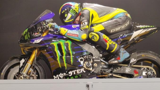 Valentino Rossi ha testato tuta e casco alla Galleria del Vento di Unipg