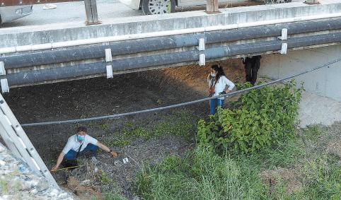 Foligno, teschio umano ritrovato sotto un ponte. L'allarme è scattato alle 19:15 alla scoperta di un cittadino che portava a spasso il cane