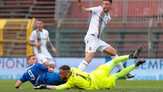 La Ternana passeggia a Como (0-3), il derby umbro deciderà la Supercoppa