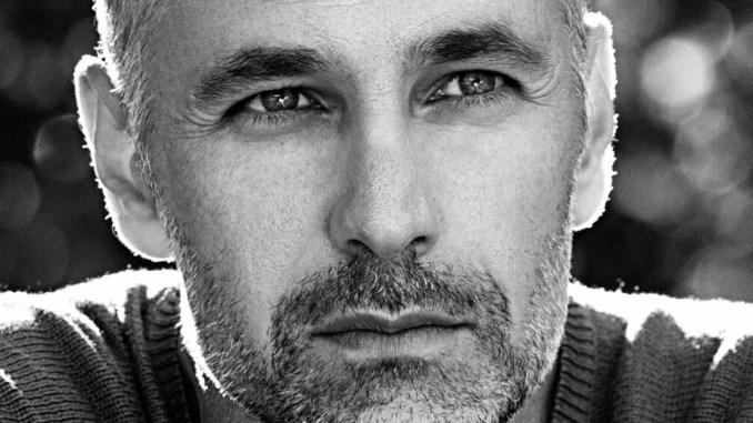 Raoul Bova diventa Don Matteo e sostituisce Terence Hill