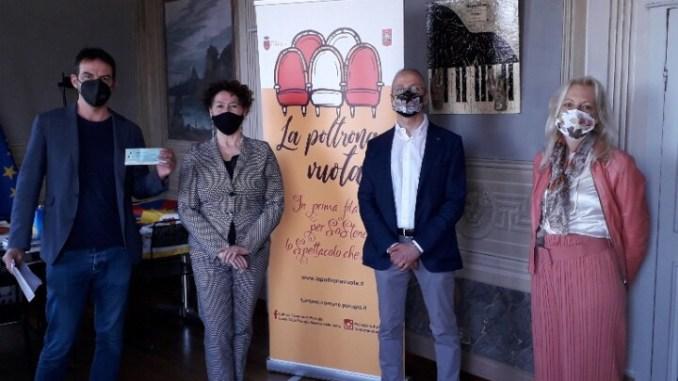 Lions Club Maestà delle Volte Poltrona vuota al Teatro Stabile Umbria