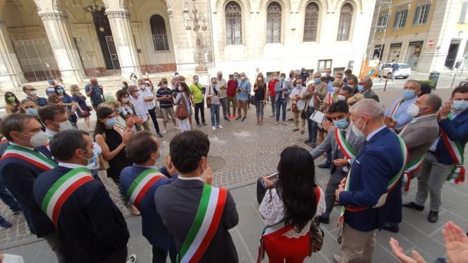 Disagi, disservizi e preoccupazioni per uffici postali, protesta sindaci 📸 foto