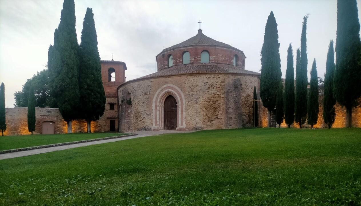 Venerdì 23 luglio musica e picnic ai Giardini del Tempio di Perugia