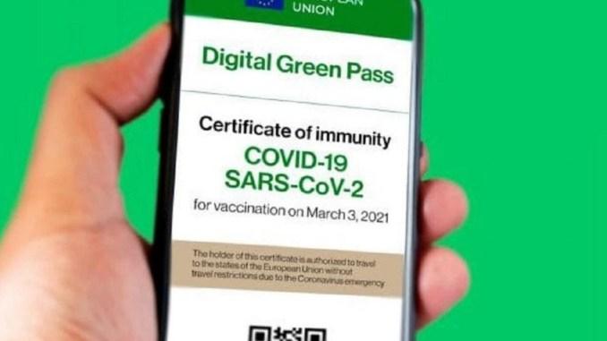 Covid: Bombardieri (Uil), 'per obbligo vaccino e green pass serve legge'