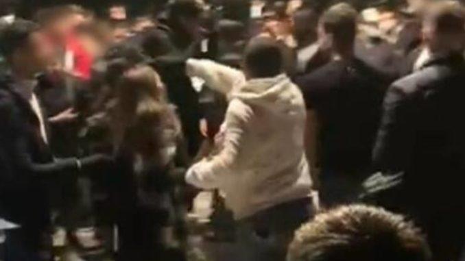 Movida violenta a Bastia, è rissa,, due gruppi si affrontano per una donna