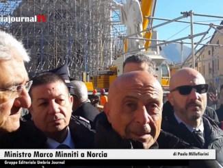 """Ministro Marco Minniti a Norcia """"ogni sforzo in campo, fare presto e bene"""""""