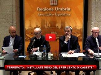 Centrodestra, senza Lega Nord, critica azioni post sisma, meno del 5percento delle casette