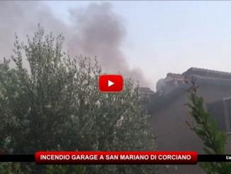 Incendio garage a San Mariano di Corciano, vigili del fuoco a lavoro