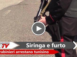 Minacciaconsiringail proprietario di una casa e ruba, preso dai Carabinieri