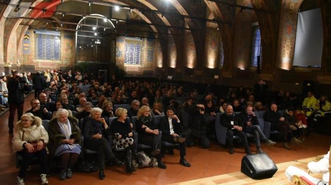 Il funambolo di Perugia e il suo spettacolo (7)