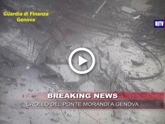 Crollo del Ponte Morandi, le immagini dell'impatto viste dal basso