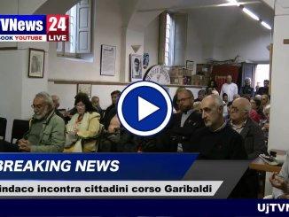 Perugia, il sindaco Andrea Romizi ha incontrato i cittadini di Corso Garibaldi, il video