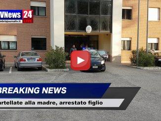 Prende a martellate la madre, arrestato il figlio sessantenne