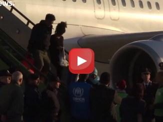 Da Misurata all'Italia. 147 richiedenti asilo atterrati a Pratica di Mare