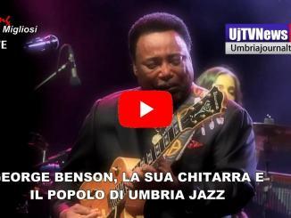 Un grande chitarrista e cantante all'Arena di Umbria Jazz, lui è George Benson
