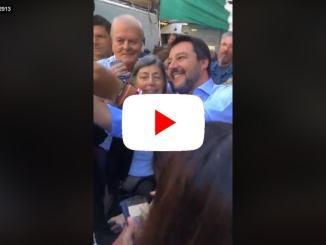 Matteo, Matteo, cori per Salvini nei gazebo in piazza | video diretta