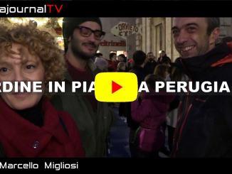 Sardine a Perugia migliaia di persone, parla Chiara da San Gemini