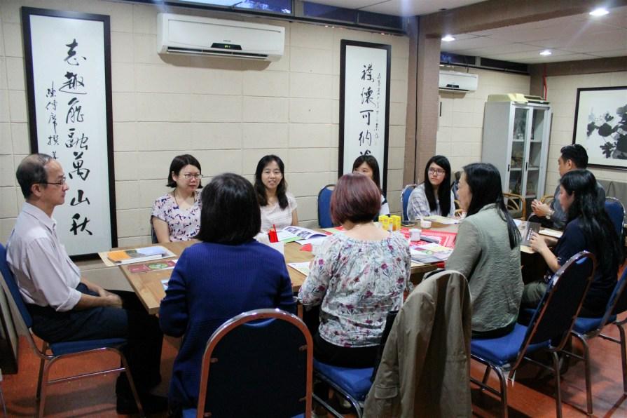 IMG 8833 meitu 4 - 国立台湾大学教授、助理教授及研究生到访马大中文系
