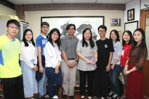 IMG 02761 - 大学生教育公益组织HOPE 6位成员到访