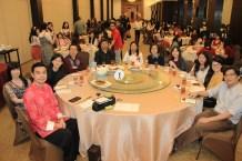 中文系老师与受邀讲者合照。左起为严家建博士、孙彦莊博士、王秀娟博士、祝家丰副教授、苗怀明教授、