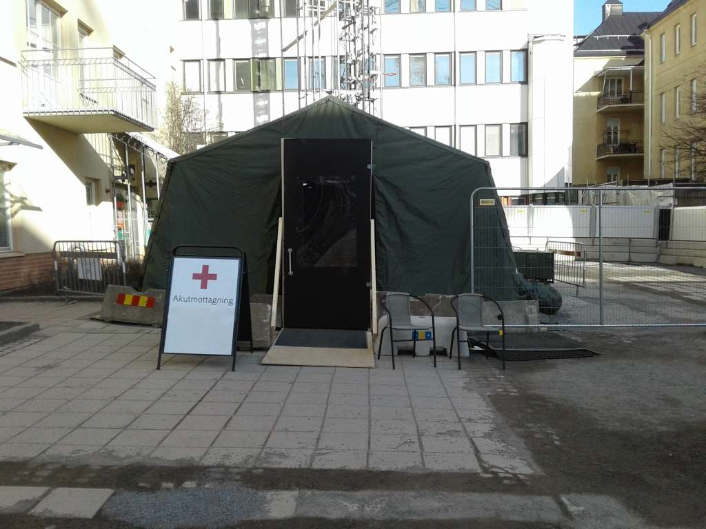 coronavirus tent front view April 10