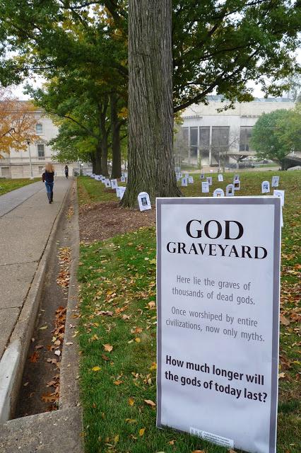 Você conhece o cemitério dos Deuses?