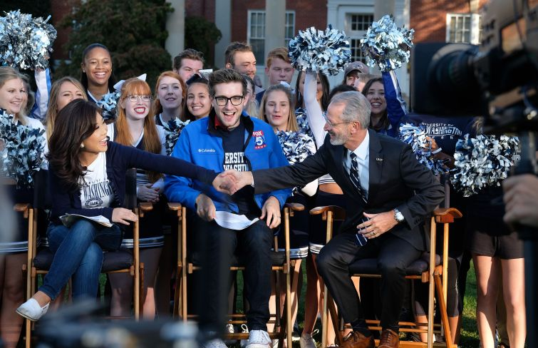 Fox 5 anchors during the network's College Tour series.