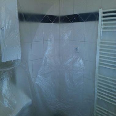 Badezimmer fachgerecht streichen