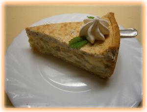 Rhabarberkuchen mit Schmand – Nuss – Baiser