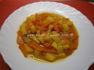 Karotten – Eintopf mit Butterklößchen