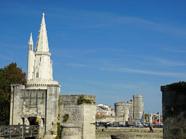 Un Hôtel sur le Port - Les Tours de La Rochelle
