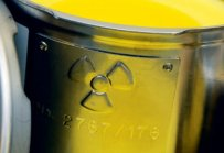 radioactive material - Energía atómica o nuclear