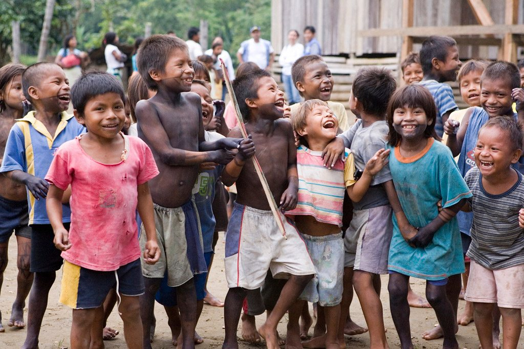 Niños colombianos. Foto de archivo: ONU/Mark Garten