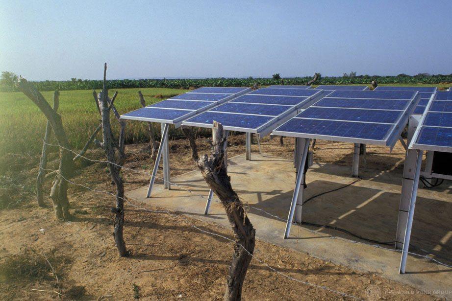 Photo: Solar energy panels in Mali.