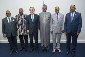 Photo: Ban Ki-moon meets with African leaders.