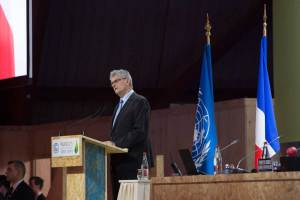 Photo: Mogens Lykketoft, President of the the General Assembly, addresses the opening of the High-level Segment of the UN Climate Change Conference in Paris.