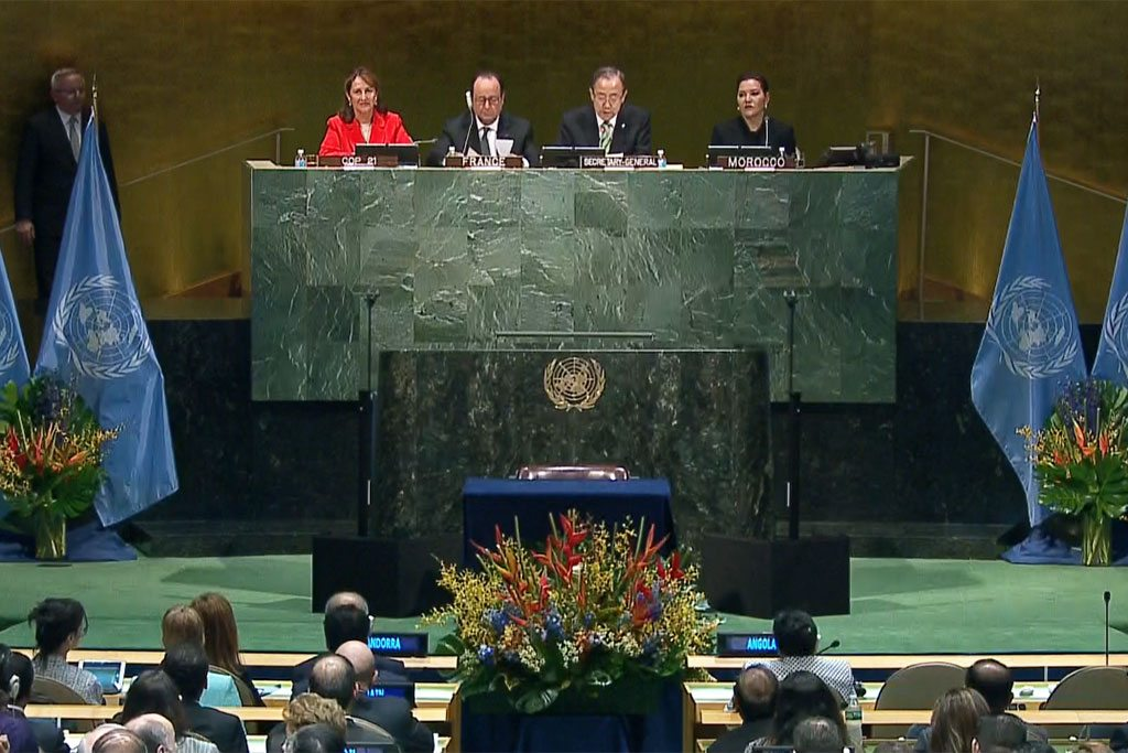 Photo: View of the GA Hall Opening Signing Ceremony of the Paris Climate Treaty. Video capture UN Web