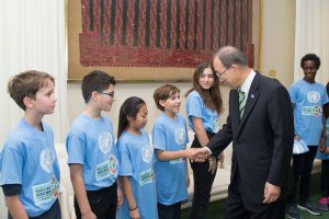 Photo: Ban Ki-moon meets Youth Representatives at the Paris Climate Agreement Signing Ceremony.