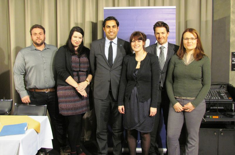 Alhendawi with representatives of youth organisations that are part of the Council of the Government of the Republic of Slovenia for Youth.
