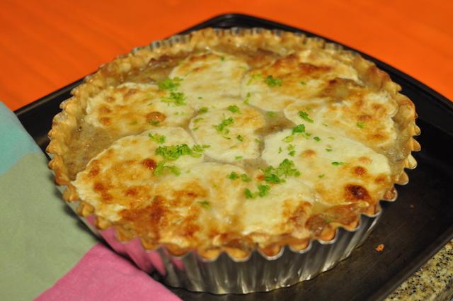 Tarta de cebolla y hongos