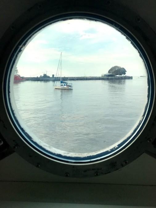 barco logos hope ventana