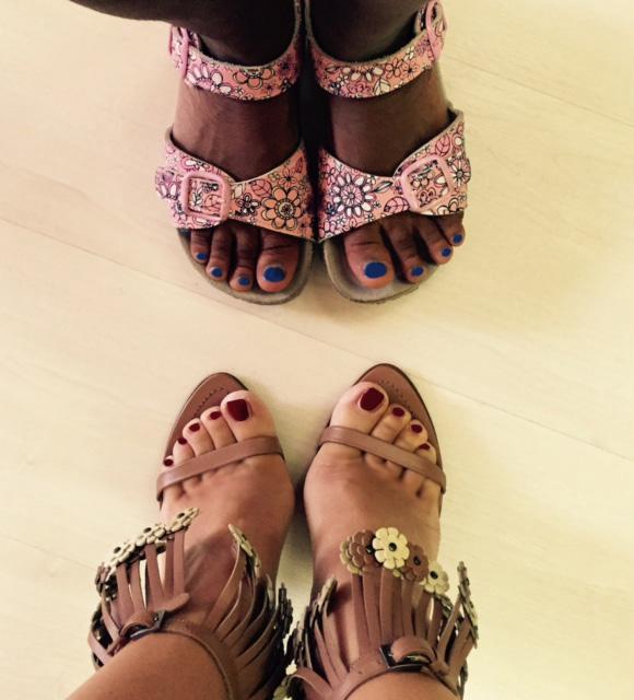 Scarpe mamma e figlia unadonnaalcontrario